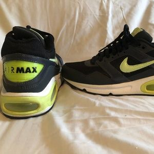 Nike AirMax Navigate Womens Shoes